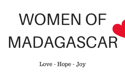 June News from Jacky Lowe: Women of Madagascar